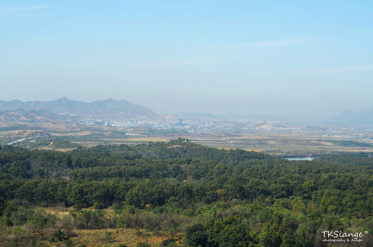 The view towards North Korea from the Dorasan Observatory. The city of Kaesong with the South Korean Hyundai factory lies in the distant.