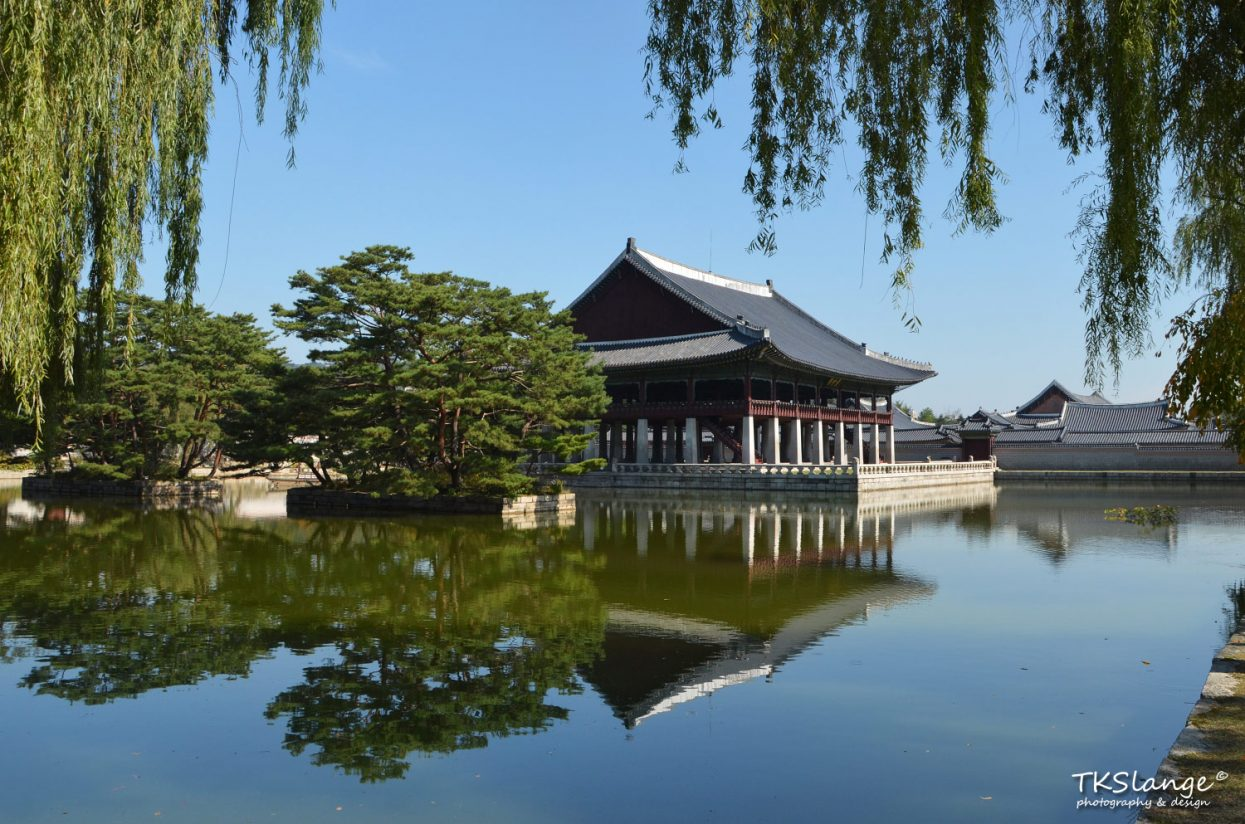 Gyeonghoeru, a large raised pavilion resting on 48 stone pillars and overlooking a large artificial lake.